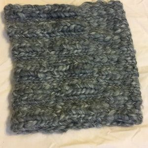 Old navy knit snood